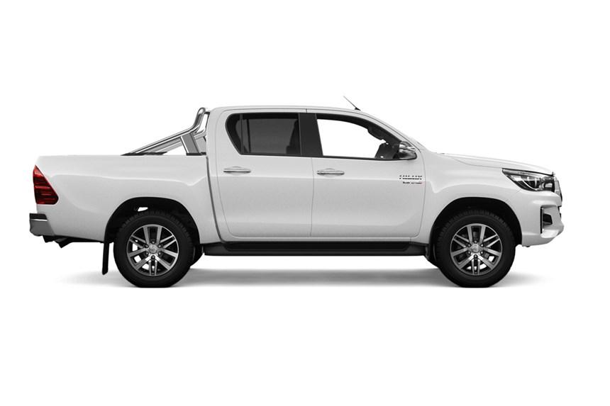 b4117f7f1 2019 Toyota Hilux SR5 (4x4), 2.8L 4cyl Diesel Turbocharged Manual, Ute