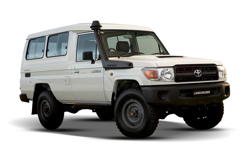2019 Toyota Landcruiser Workmate 4x4 11 Seat 4 5l 8cyl Diesel