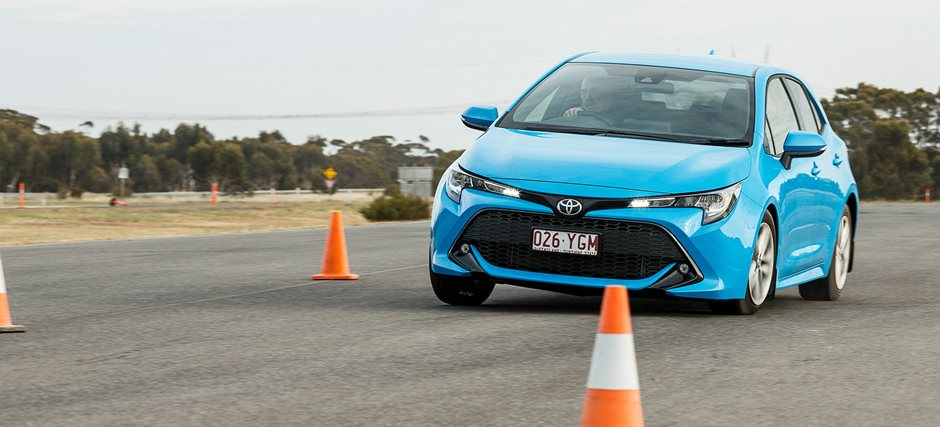 2019 Toyota Corolla   Reviews, price and specs on all variations