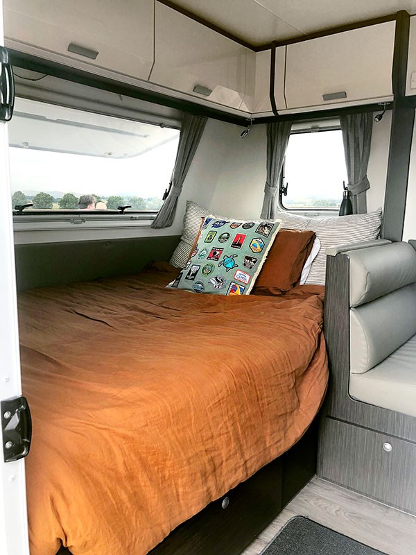 family-adventures-with-rosy-caravan-The-double-bed-at-the-front.jpg