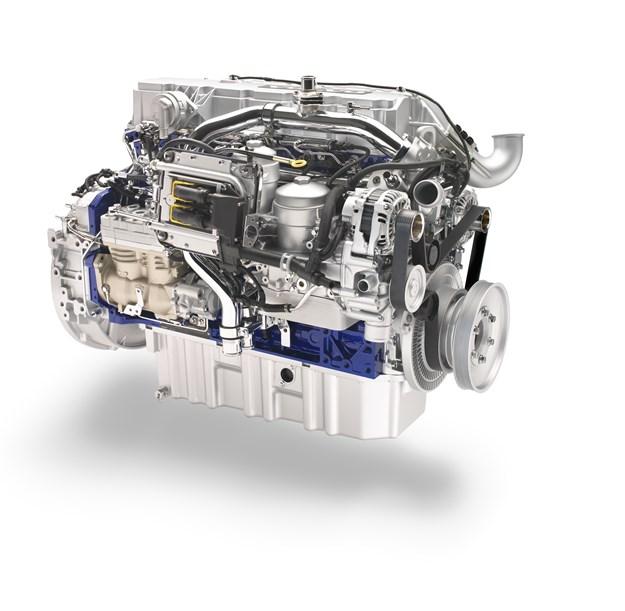 Volvo D7E Engine_2.jpg