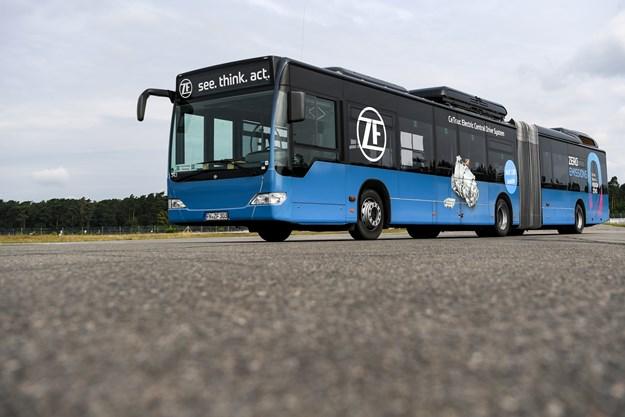ZF_Systembus-AVE130_hr.jpg