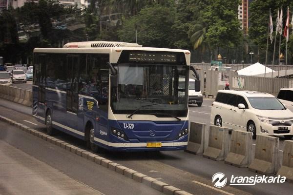 600_600_transjakarta3.jpg