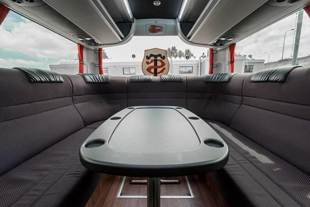 interior-bus-1.jpg