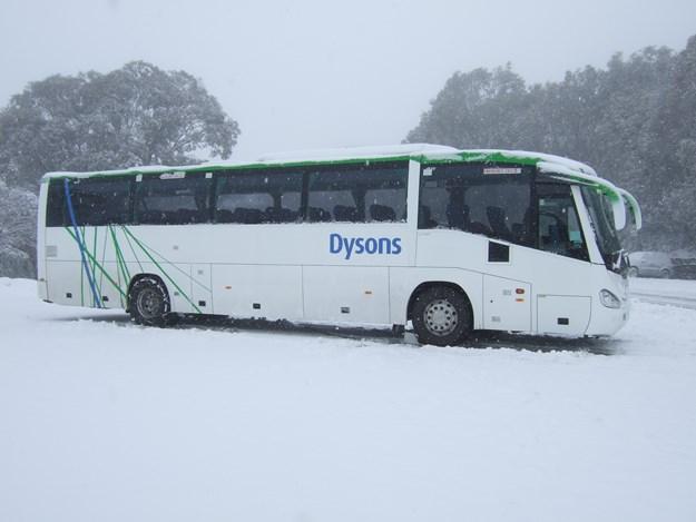 Bus 475 Snow 2.jpg