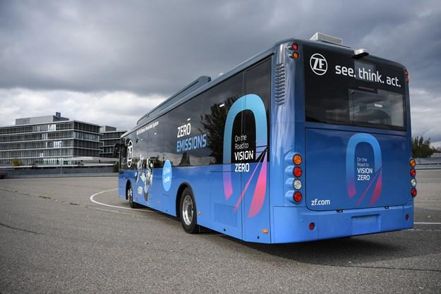 2017-10-20_ZF_Busworld_PI_02_E-Mobility_Public_Transportation_05.jpg