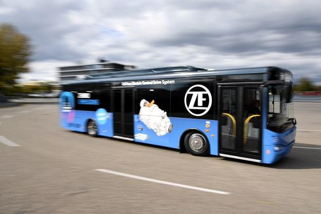 2017-10-20_ZF_Busworld_PI_02_E-Mobility_Public_Transportation_06.jpg