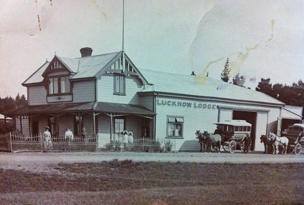 1910_Nimon_Lucknow.jpg