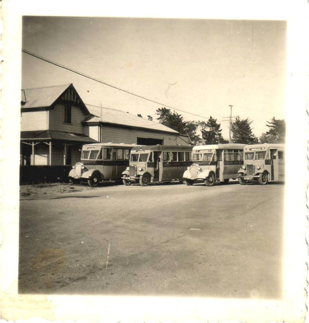 Nimon Bus Fleet 1937.jpg