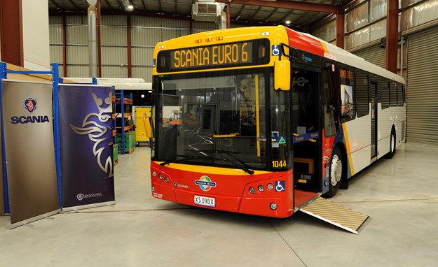Scania DPTI 340 bus sign 35.jpg