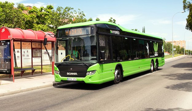 Scania Hybrid bus 16262-001x.jpg