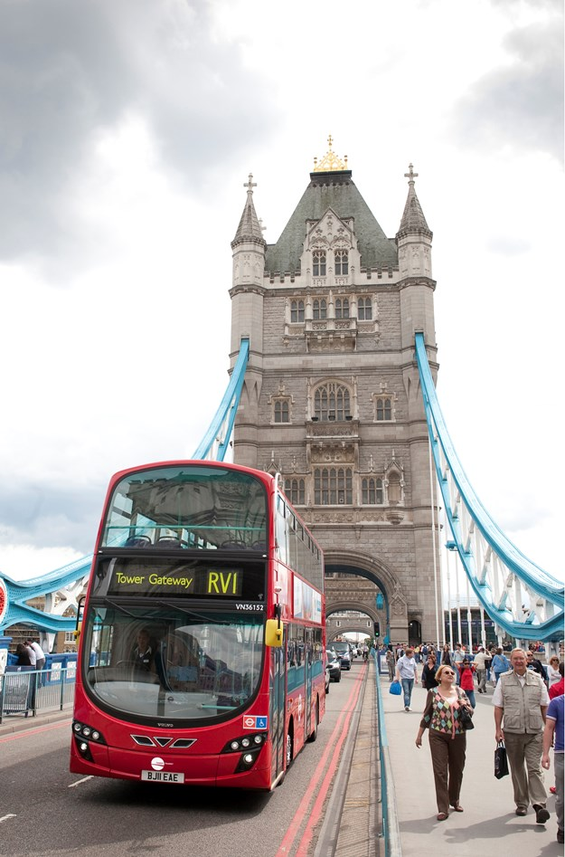 240611-173_tower-bridge.jpg