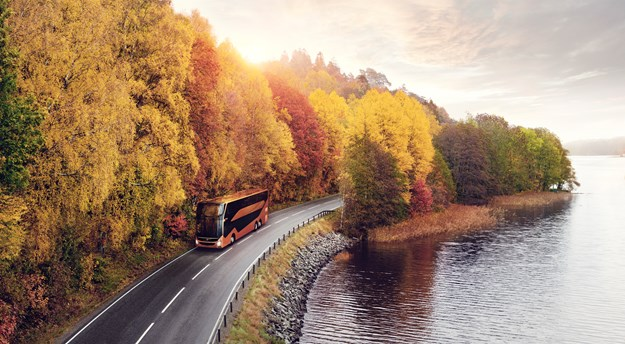 Volvo_9700DD Autumn road.jpg