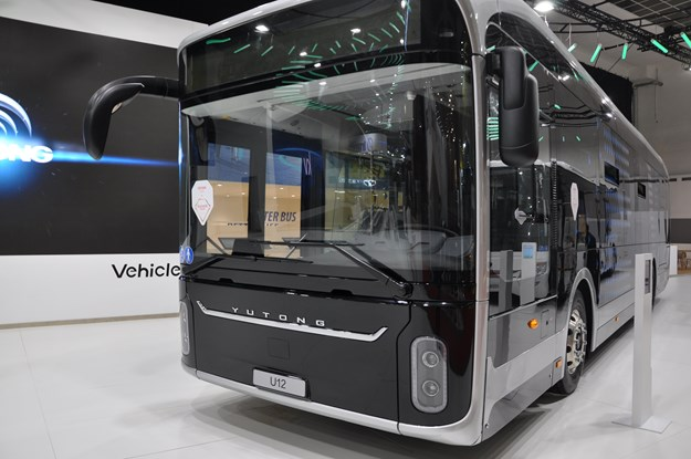 Yutong U12 on Busworld Brussels 2019.JPG