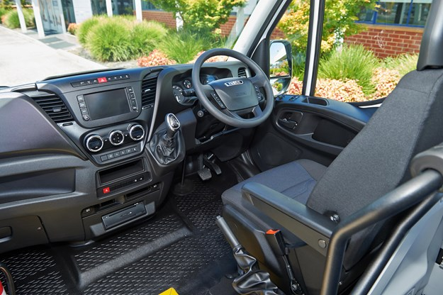 Daily 22 seat minibus_5.jpg