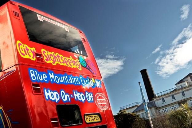 explorer bus 04.jpg