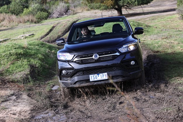SsangYong_Musso_Unlimited_XLV_off_road_test.jpg