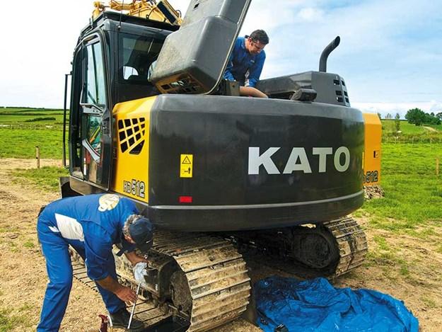 KaTO-HD512-7-excavator-5.jpg