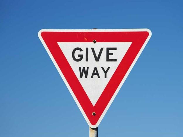 Give_way.jpg