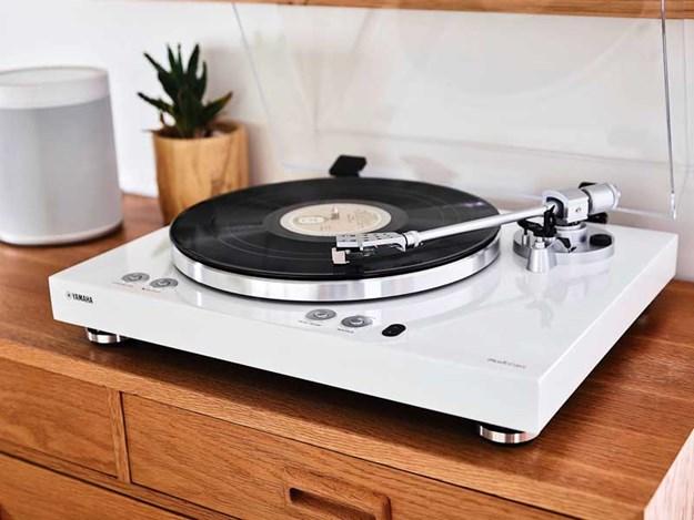 Yamaha_MusicCast_Vinyl_500_Streaming_Turntable.jpg