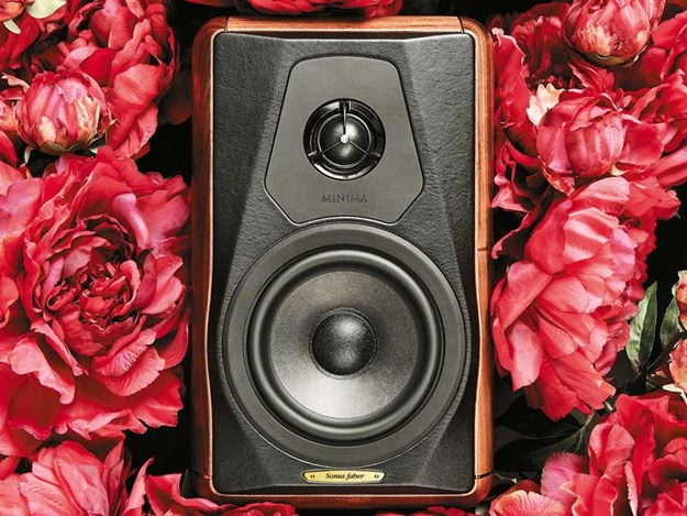 Sonus-Faber-Minima-Amator-II-Speakers.jpg