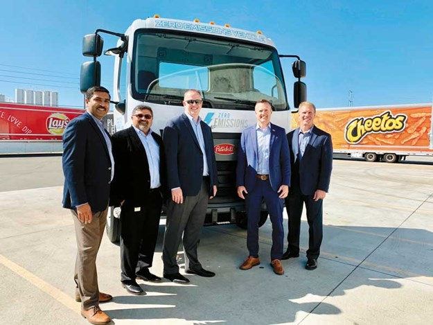 Peterbilt-Delivers-First-Medium-Duty-Electric-Model-220EV-to-Frito-Lay.jpg
