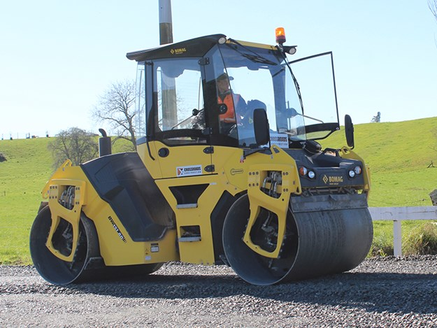 The sliding seat system in the BOMAG's cab means the operator has as much vision in reverse as on offer going forwards