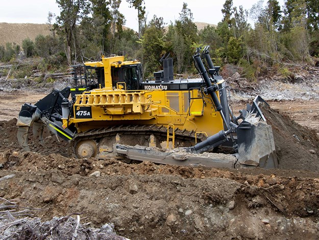 Whyte Gold will use its new Komatsu to open-cut between 25 and 35m into the site to reach the new level