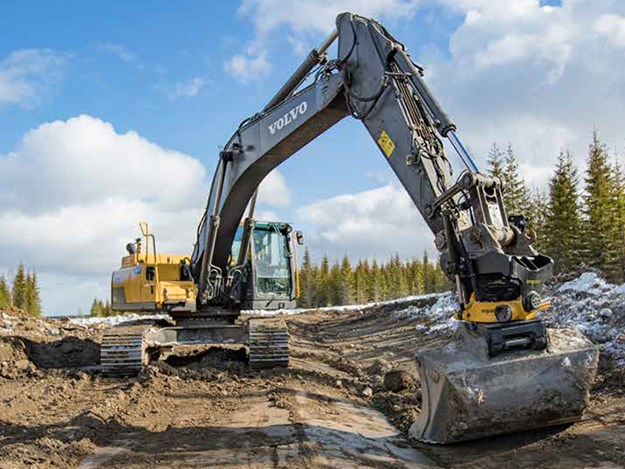 Engcon tiltrotators deliver more efficiently when working in urban environments and confined spaces