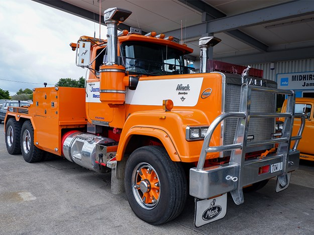 The Mack Super-Liner ready for its next assignment