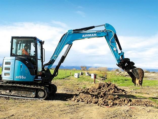 Robur Double Lock Tilt Coupler with digging bucket