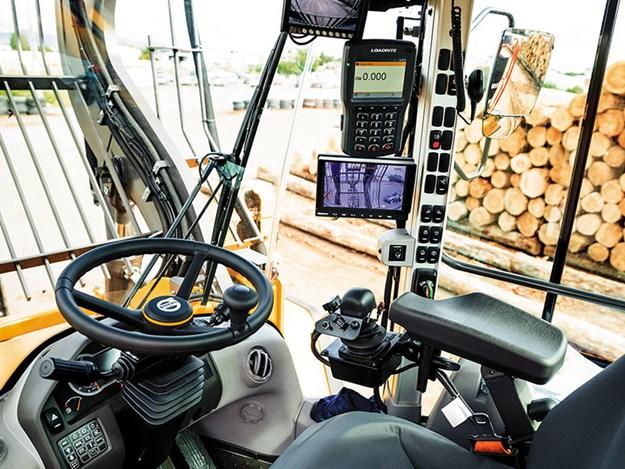 Juken-Volvo-excavators-2.jpg
