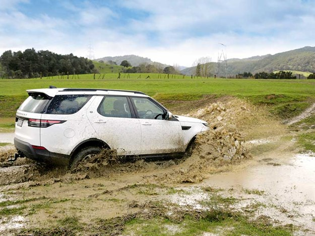 Land-Rover-Discovery-review-4.jpg