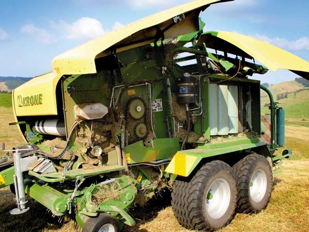 Krone Comprima CF 155 XC Baler Wrapper review