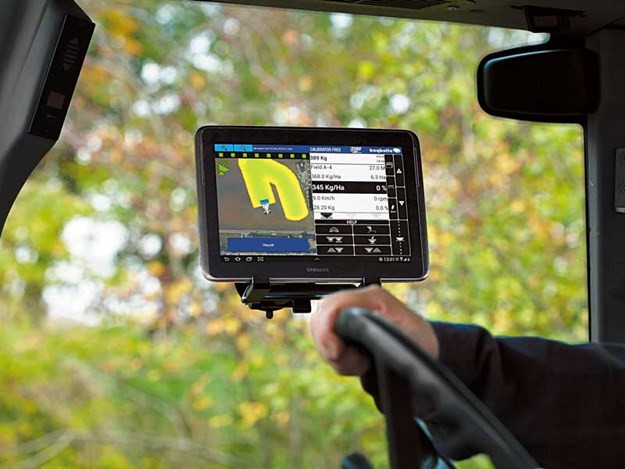 Bogballe-is-compatable-with-most-GPS-systems-including-there-own-Navi-App-Tablet-option.jpg