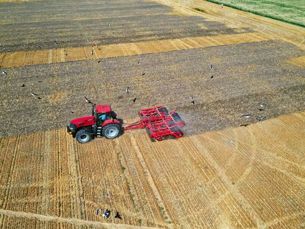 Serious-soil-mover---He-Va-Disc-Roller-XL-Contour_12.jpg