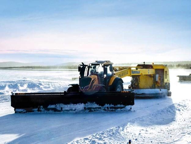 Runway-Snowbot-Valtra.jpg