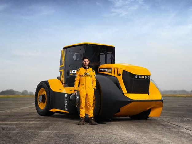 Guy-Martin-and-the-World's-Fastest-Tractor-copy.jpg