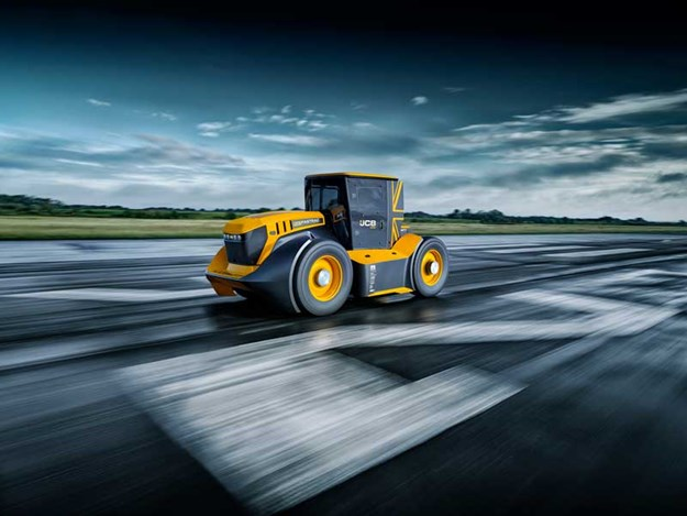 The-World's-Fastest-Tractor---9-copy.jpg