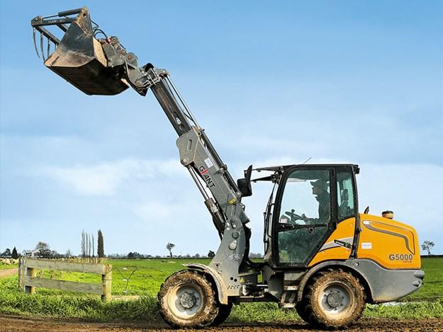 Giant-G5000-wheel-loader-2.jpg