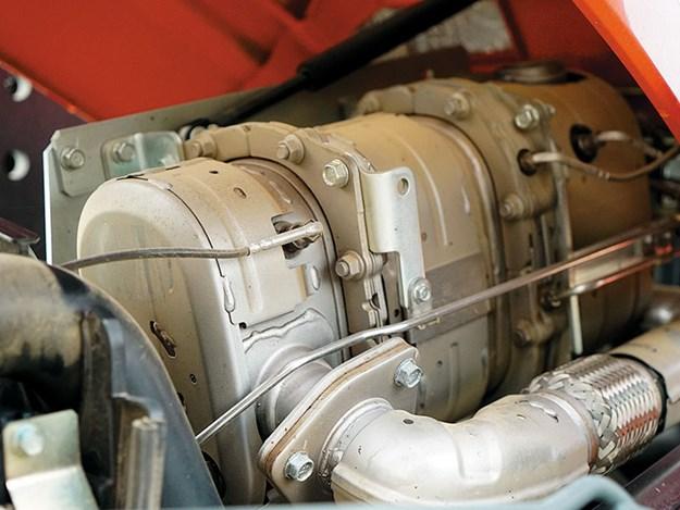 Kubota-M5-111-engine.jpg