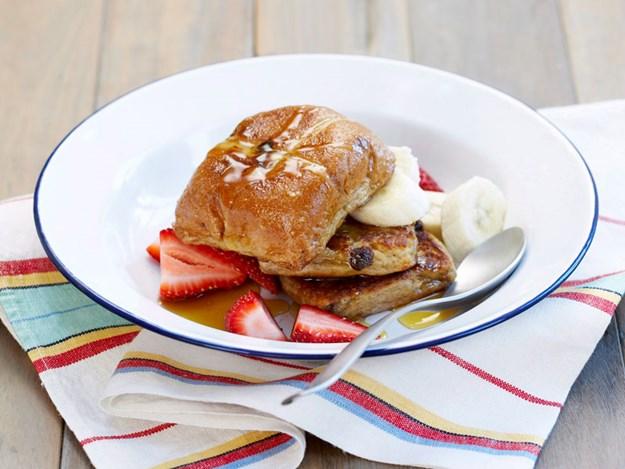 Dessert-hot-cross-buns.jpg