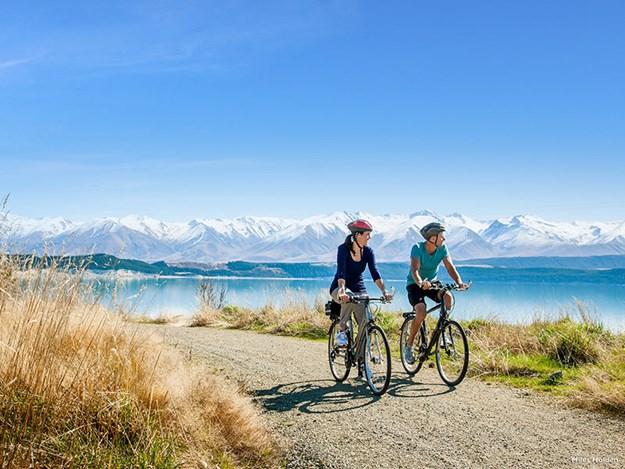 Tekapo-Cycling-the-Alps-2-Ocean-trail.jpg