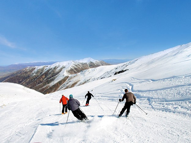 Tekapo-skiing-Mt-Dobson.jpg