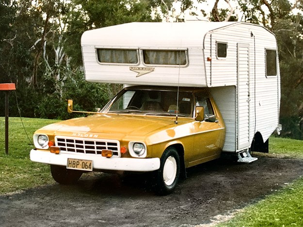 Holden-flat-back-ute-with-motorhome-body-attached.jpg