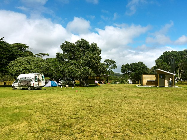 Life-on-the-Road-Lynne-and-Bill-Medlands-Beach-Campsite.jpg