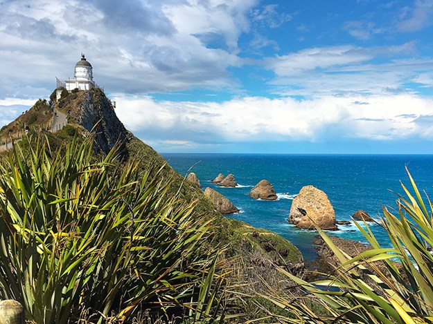 8 great lighthouses Nugget Point in the Catlins