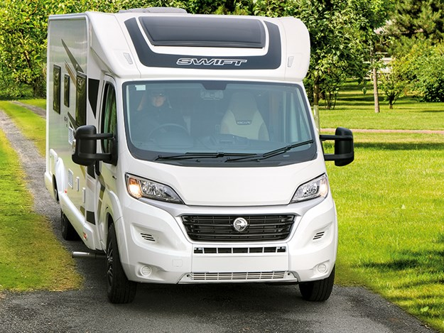 Swift Escape 675 review untitled-2469.jpg