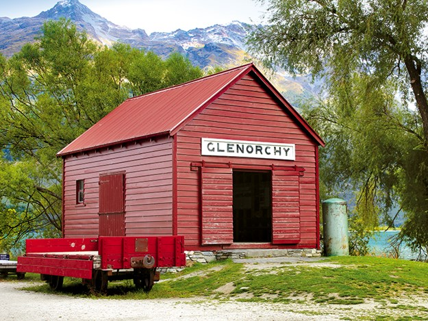 Copy of Glenorchy_s famous red shed.jpg