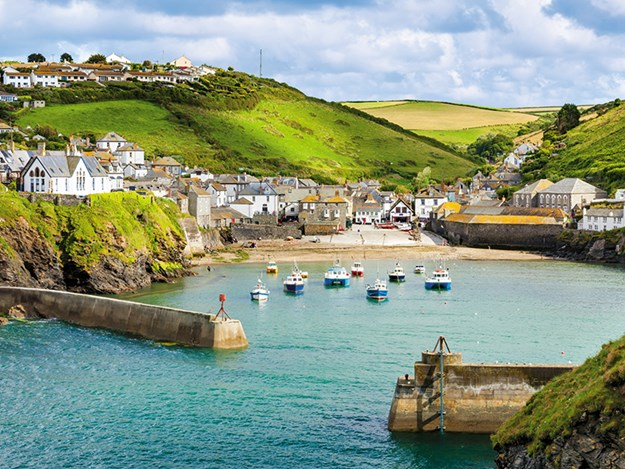 Port Isaac Cornwall Buying an RV UK